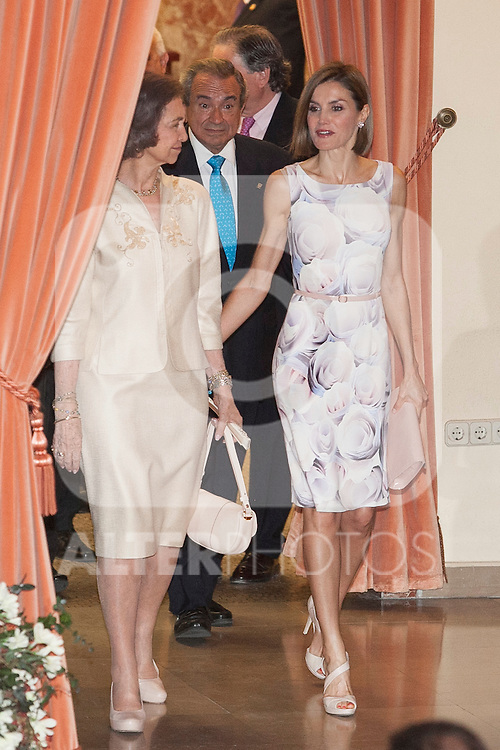 Queen Letizia of Spain and Queen Sofia of Spain attend UNICEF Spain Awards ceremony in Madrid, Spain. June 23, 2015. (ALTERPHOTOS/Victor Blanco)