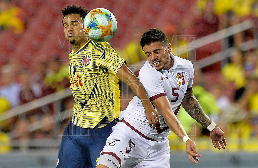 TAMPA - ESTADOS UNIDOS, 10-09-2019: Luis Diaz jugador de Colombia disputa el balón con Junior Moreno jugador de Venezuela durante partido amistoso amistoso entre Colombia y Venezuela jugado en el Raymond James Stadium en Tampa, Estados Unidos. / Luis Diaz player of Colombia fights the ball with Junior Moreno player of Venezuela during a friendly match between Colombia and Venezuela played at Raymond James Stadium in Tampa, Estados Unidos. Photo: VizzorImage / Cristian Alvarez / Cont