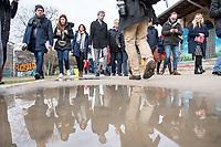 """Nach seinen herablassenden und umstrittenen Aeusserungen ueber Berlin besuchte der Tuebinger Oberbuergermeister Boris Palmer (im Bild 4. vl.) am Mittwoch den 20. Februar 2019 auf Einladung des CDU-Fraktionsvorsitzenden im Abgeordnetenhaus, Burkhard Dregger, u.a. den Goerlitzer Park. Der Park wird als sog. """"Kriminalitaetsschwerpunkt"""" bezeichnet und Ort, an dem Marihuana verkauft wird. Sein Besuch im Park wurde von mehreren dutzend Journalisten begleitet.<br /> Im Bild: <br /> 20.2.2019, Berlin<br /> Copyright: Christian-Ditsch.de<br /> [Inhaltsveraendernde Manipulation des Fotos nur nach ausdruecklicher Genehmigung des Fotografen. Vereinbarungen ueber Abtretung von Persoenlichkeitsrechten/Model Release der abgebildeten Person/Personen liegen nicht vor. NO MODEL RELEASE! Nur fuer Redaktionelle Zwecke. Don't publish without copyright Christian-Ditsch.de, Veroeffentlichung nur mit Fotografennennung, sowie gegen Honorar, MwSt. und Beleg. Konto: I N G - D i B a, IBAN DE58500105175400192269, BIC INGDDEFFXXX, Kontakt: post@christian-ditsch.de<br /> Bei der Bearbeitung der Dateiinformationen darf die Urheberkennzeichnung in den EXIF- und  IPTC-Daten nicht entfernt werden, diese sind in digitalen Medien nach §95c UrhG rechtlich geschuetzt. Der Urhebervermerk wird gemaess §13 UrhG verlangt.]"""