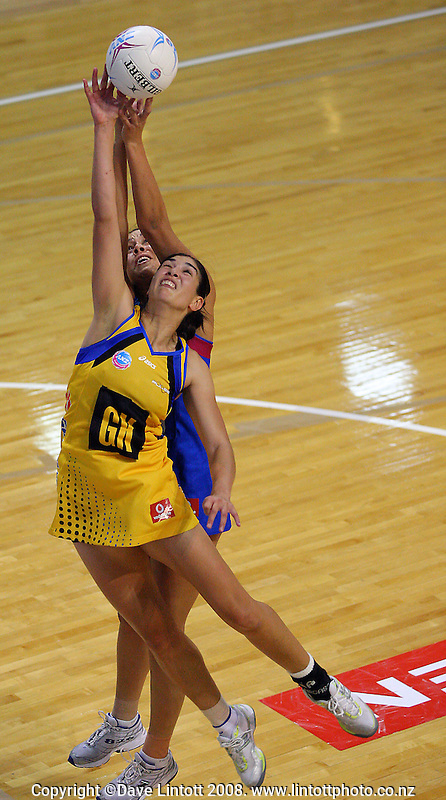 Kahurangi Waititi and Daneka Wipiiti leap for the ball during the ANZ Netball Championship match between the Central Pulse and Southern Steel, TSB Bank Arena, Wellington, New Zealand on Monday, 14 April 2008. Photo: Dave Lintott / lintottphoto.co.nz