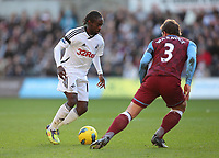 2011 11 27 Premiership, Swansea City v Aston Villa, Liberty Stadium, south Wales, UK.