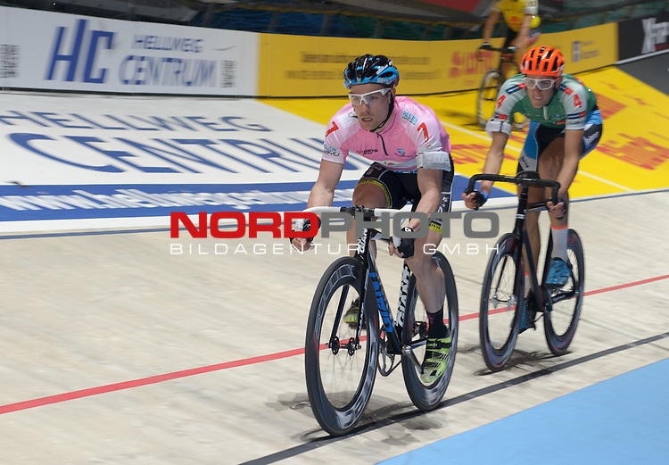 11.01.2015, &Ouml;VB Arena, Bremen, GER, Sixdays Bremen, im Bild Erik Mohs (Team elements pure #7), Nils Politt (Team Karstadt Sport #4)<br /> <br /> Foto &copy; nordphoto / Frisch