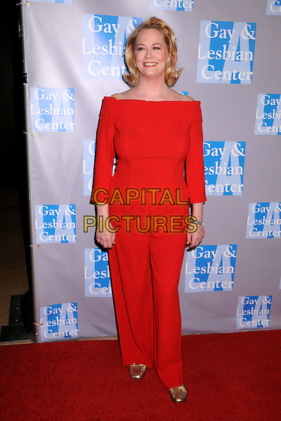 CYBILL SHEPHERD.An Evening With Women: Celebrating Art, Music & Equality held at the Beverly Hilton Hotel, Beverly Hills, CA, USA..April 24th, 2009.full length red boat neck top matching trousers gold shoes.CAP/ADM/BP.©Byron Purvis/AdMedia/Capital Pictures.