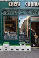 Europe,France,Ile-de-France,75009, Paris:  Chéri Charlot (sandwiches, casse croutes) : 33, rue Richer,
