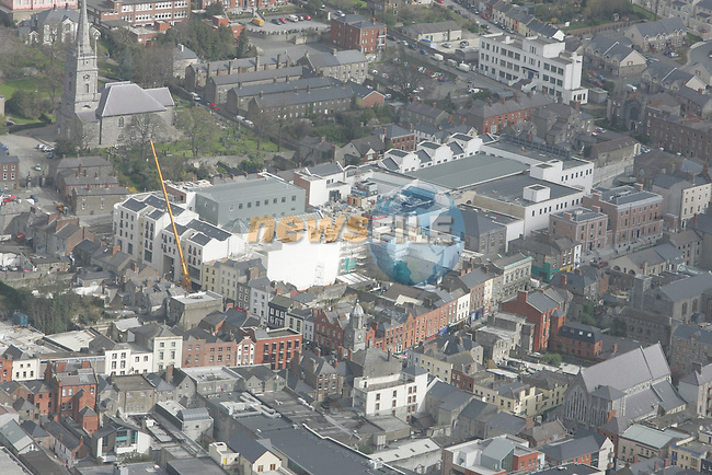 Aerial view of Drogheda showing Peter Street and Laurence Street with Laurence Centre under construction.  12/04/05...Photo NEWSFILE/Fran Caffrey.(Photo credit should read Fran Caffrey/NEWSFILE)....This Picture has been sent you under the condtions enclosed by:.Newsfile Ltd..The Studio,.Millmount Abbey,.Drogheda,.Co Meath..Ireland..Tel: +353(0)41-9871240.Fax: +353(0)41-9871260.GSM: +353(0)86-2500958.email: pictures@newsfile.ie.www.newsfile.ie.FTP: 193.120.102.198...This picture is from Fran Caffrey@newsfile.ie
