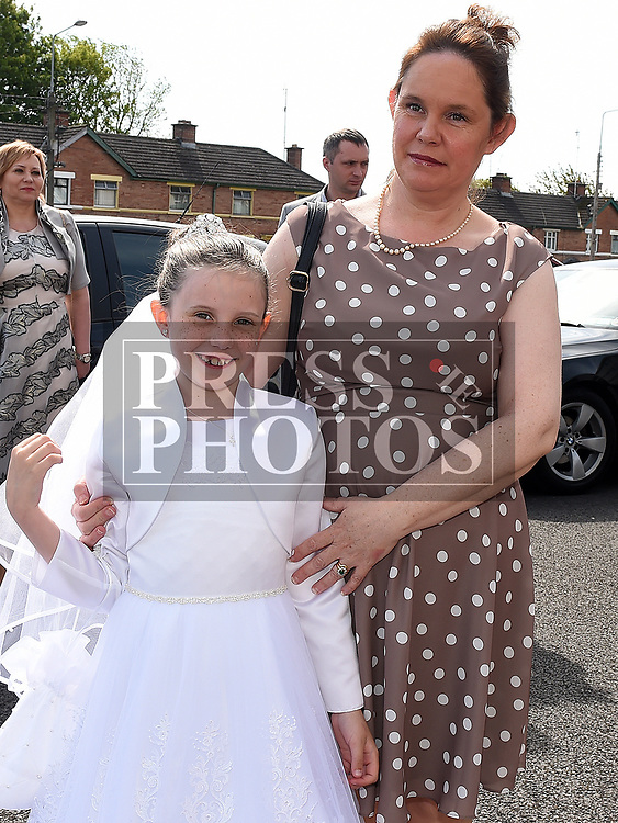 Sophia Taaffe from St Brigids school who received her Fiirst Holy Communion in Our Lady of Lourdes church pictured with mam Audrey. Photo:Colin Bell/pressphotos.ie