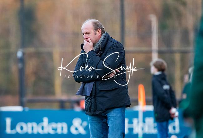 BLOEMENDAAL -  coach Michel van den Heuvel (Bldaal) tijdens  hoofdklasse competitiewedstrijd  heren , Bloemendaal-Rotterdam (1-1) .COPYRIGHT KOEN SUYK