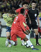 BOGOTA - COLOMBIA, 03-06-2019: James Rodriguez jugador de Colombia disputa el balón con Kevin Galvan jugador de Panamá durante partido amistoso entre Colombia y Panamá jugado en el estadio El Campín en Bogotá, Colombia. / James Rodriguez player of Colombia fights the ball with Kevin Galvan player of Panama during a friendly match between Colombia and Panama played at Estadio El Campin in Bogota, Colombia. Photo: VizzorImage/ Gabriel Aponte / Staff