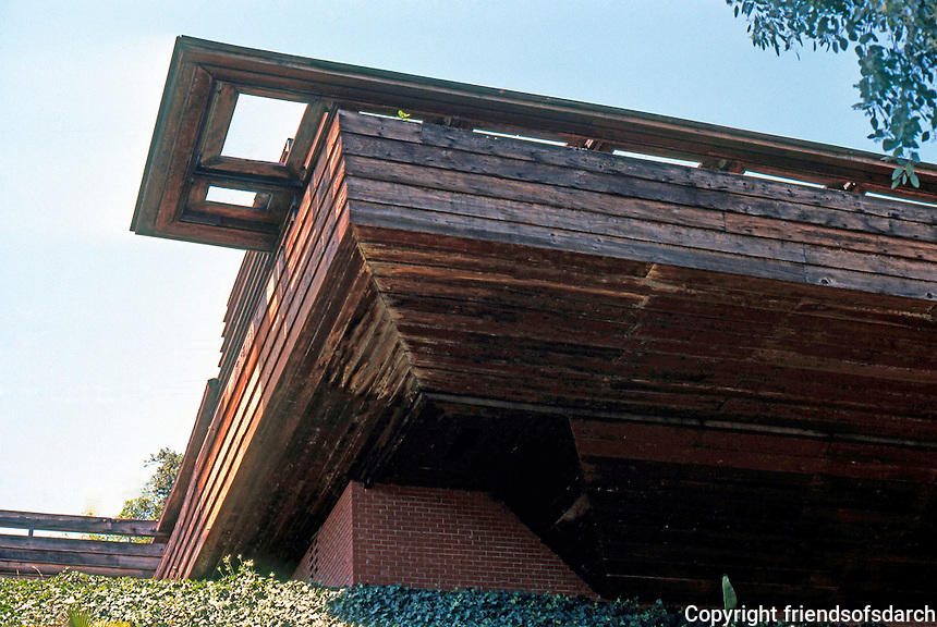 F.L. Wright: Sturges House, 1939. 449 Skyeway, Brentwood, L. A.  Photo '78.