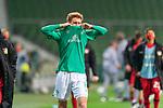 Enttaeuschung nach der Niederlage <br /> Joshua Sargent (Werder Bremen #19)<br /> <br /> Sport: Fussball: 1. Bundesliga: Saison 19/20: <br /> 26. Spieltag: SV Werder Bremen vs Bayer 04 Leverkusen, 18.05.2020<br /> <br /> Foto ©  gumzmedia / Nordphoto / Andreas Gumz / POOL <br /> <br /> Nur für journalistische Zwecke! Only for editorial use!<br />  DFL regulations prohibit any use of photographs as image sequences and/or quasi-video.
