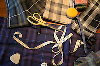 strumenti di lavoro di Moira Dalgetty <br /> Tartan Bute tartan mills