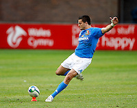 Photo: Richard Lane/Richard Lane Photography. Ireland U20 v Italy U20. Semi Final. 18/06/2008. Italy's Riccardo Bocchino kicks.