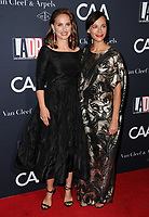 07 October  2017 - Los Angeles, California - Natalie Portman, Rashida Jones. L.A. Dance Project's Annual Gala held at LA Dance Project in Los Angeles.  <br /> CAP/ADM/BT<br /> &copy;BT/ADM/Capital Pictures