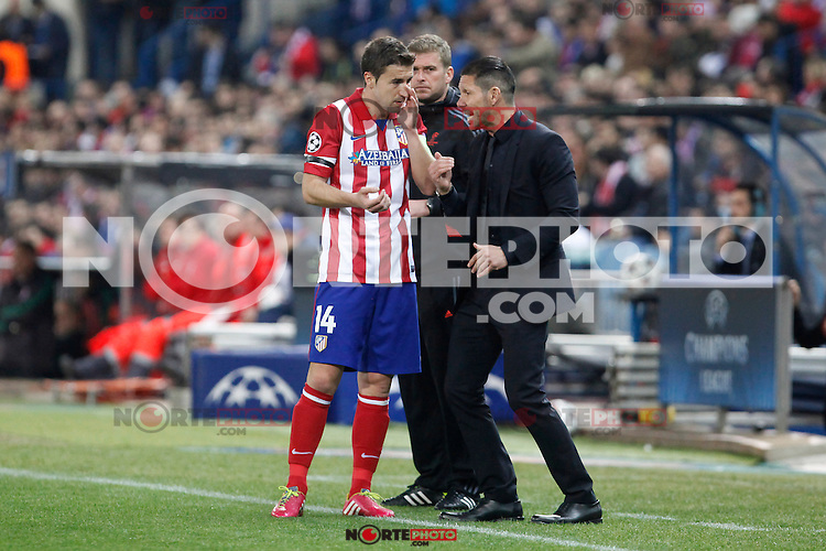 Atletico de Madrid´s Gabi and coach Diego Simeone during 16th Champions League soccer match at Vicente Calderon stadium in Madrid, Spain. January 06, 2014. (ALTERPHOTOS/Victor Blanco)