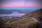 NEW ZEALAND, Wanaka, Sunset over Wanaka from Roy's Peak, Ben M Thomas