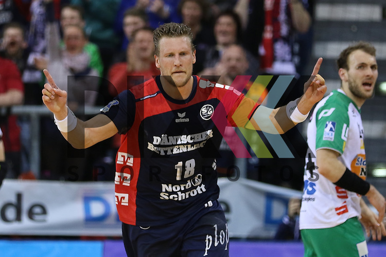 Flensburg, 25.03.15, Sport, Handball, DKB Handball Bundesliga, Saison 2014/2015, 26. Spieltag, SG Flensburg-Handewitt - Frisch Auf! G&ouml;ppingen : Tor Jubel Lars Kaufmann (SG Flensburg-Handewitt, #18)<br /> <br /> Foto &copy; P-I-X.org *** Foto ist honorarpflichtig! *** Auf Anfrage in hoeherer Qualitaet/Aufloesung. Belegexemplar erbeten. Veroeffentlichung ausschliesslich fuer journalistisch-publizistische Zwecke. For editorial use only.