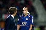 Nederland, Alkmaar, 20 oktober  2012.Eredivisie.Seizoen 2012-2013.AZ-N.E.C..Ryan Koolwijk van N.E.C. wordt gewisseld door Alex Pastoor, trainer-coach van N.E.C.