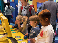 Kindermuseum NEMO Science Center, Amsterdam, Provinz Nordholland, Niederlande<br /> children's museum NEMO science center, Amsterdam, Province North Holland, Netherlands