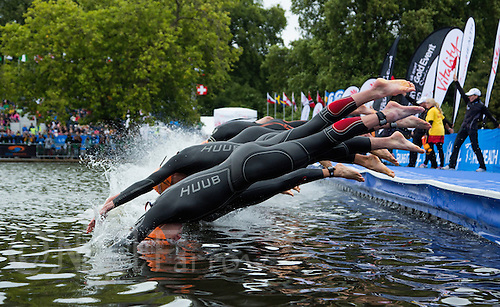 15 SEP 2013 - LONDON, GBR - Alistair Brownlee (GBR) (foreground) of Great Britain dives into the water at the start of the swim at the elite men's ITU 2013 World Triathlon Series Grand Final in Hyde Park, London, Great Britain (PHOTO COPYRIGHT © 2013 NIGEL FARROW, ALL RIGHTS RESERVED)