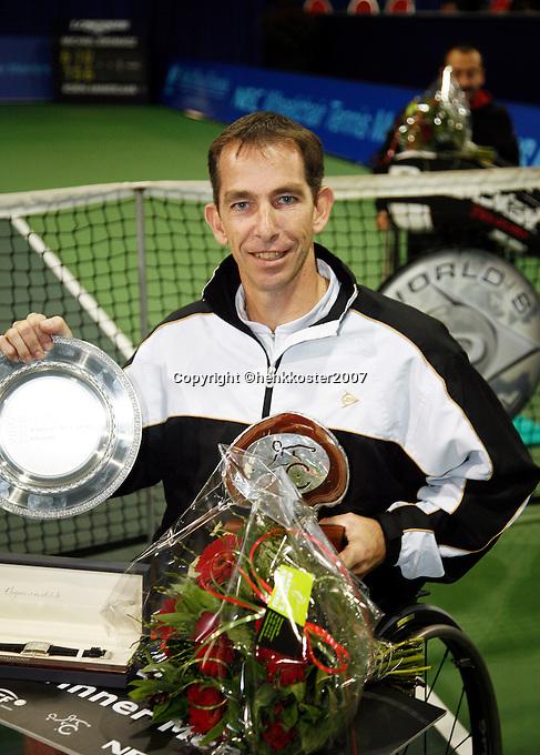 18-11-07, Netherlands, Amsterdam, Wheelchairtennis Masters 2007, Winner Robin Ammerlaan