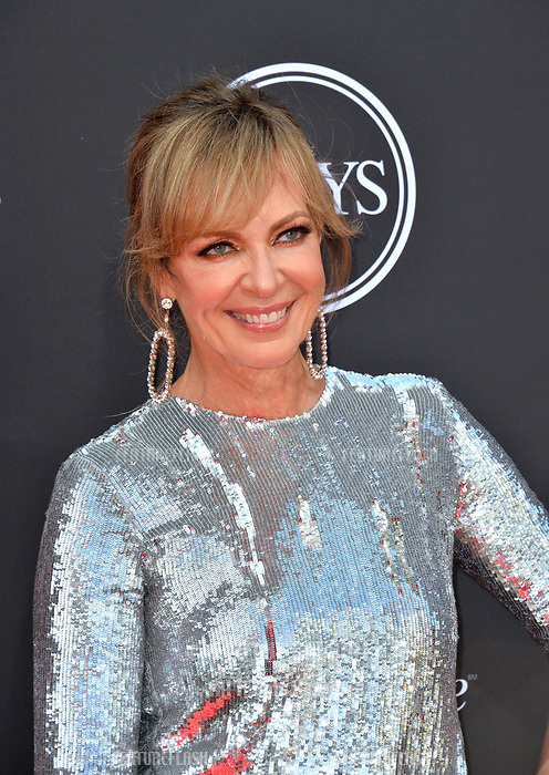 Allison Janney at the 2018 ESPY Awards at the Microsoft Theatre LA Live, Los Angeles, USA 18 July 2018<br /> Picture: Paul Smith/Featureflash/SilverHub 0208 004 5359 sales@silverhubmedia.com