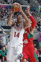 USA's Anthony Davis (l) and Mexico's Gustavo Ayon during 2014 FIBA Basketball World Cup Round of 16 match.September 6,2014.(ALTERPHOTOS/Acero)