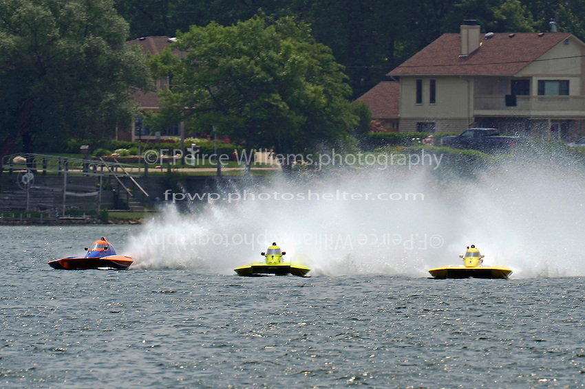 "Sean Bowsher Y-52, Marty Hammersmith, Y-4 ""Nauti-Buoy Racing"" and Dan Kanfoush, Y-1 ""Fast Eddie Too""  (1 Litre MOD hydroplane(s)"