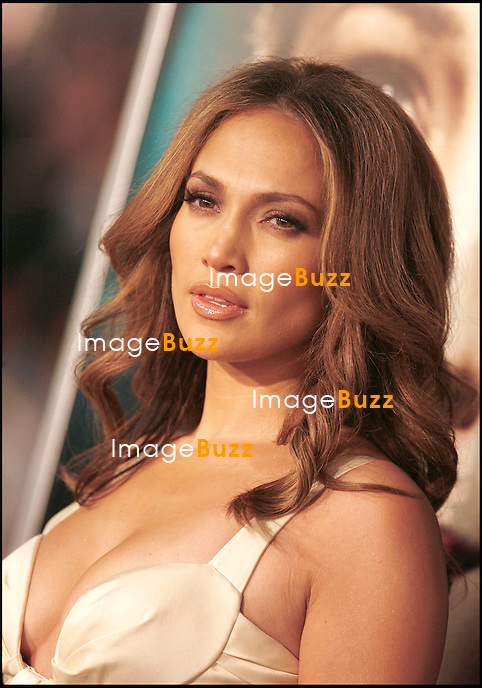 """ THE CURIOUS CASE OF BENJAMIN BUTTON "" MOVIE PREMIERE, AT THE MANN'S VILLAGE THEATER IN WESTWOOD..LOS ANGELES, DECEMBER 8, 2008...Pic :  Jennifer Lopez"
