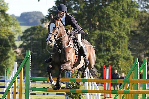 25.09.2010 Equestrian Aske Horse trials, North Yorkshire, UK. . Liz Dun riding W.Harry Potter.