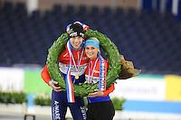 SCHAATSEN: HEERENVEEN: 01-01-2017, NK Marathonschaatsen, winnaars Bob de Vries en Irene Schouten, ©foto Martin de Jong