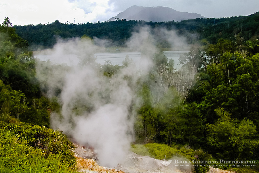 Indonesia, Sulawesi, Linow. Linow Lake is a volcanic crater, with hot springs lining the crater walls.