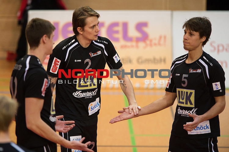 29.01.2014, ENNI Sportpark, Moers<br /> Volleyball, Bundesliga Maenner, Moerser SC vs. TV Ingersoll B&uuml;hl / Buehl<br /> <br /> Andri Aganits (#12 Buehl), Lukasz Szarek (#2 Buehl), Tomas Kocian (#5 Buehl) entt&auml;uscht / enttaeuscht / traurig <br /> <br />   Foto &copy; nordphoto / Kurth