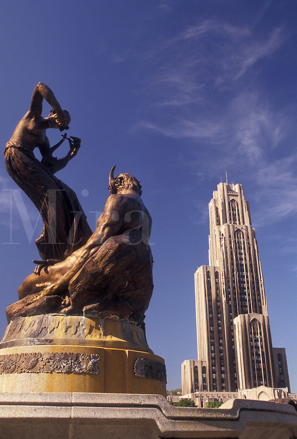 AJ3202, university, Pittsburgh, college, Pennsylvania, Statue above fountain in front of The Cathedral of Learning at the University of Pittsburgh in Pittsburgh in the state of Pennsylvania.