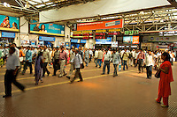Earlu morning rush hour at the Mumbai Railway station, India