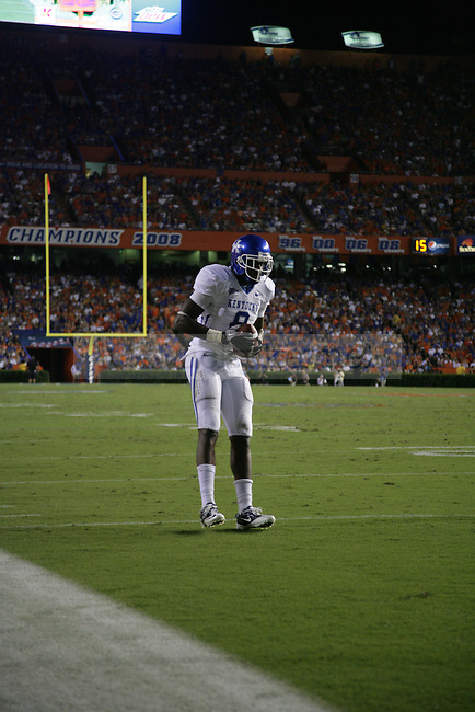 "Senior wide receiver Chris Matthews hops into the end zone after catching a pass on a fake field goal attempt in the first half UK's game against Florida at the ""Swamp"" in Gainesville, Florida on Saturday, Sept. 25, 2010. Photo by Brandon Goodwin 