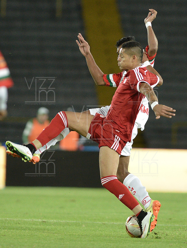 BOGOTÁ -COLOMBIA, 15-01-2015. Aspecto del encuentro entre América de Cali y Cortulua por la fecha 1 de los cuadrangulares de ascenso Liga Aguila 2015 jugado en el estadio El Campín de la ciudad de Bogotá./ Aspect of the match between America de Cali and Cortulua for the first date of the promotional quadrangular Aguila League 2015 played at El Campin stadium in Bogotá city. Photo: VizzorImage/ Gabriel Aponte / Staff
