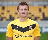Fussball, 2. Bundesliga, SG Dynamo Dresden, Saison 2011/12, Mannschaftsfoto, gluecksgas Stadion Dresden, Freitag (09.09.11). Zlatko Dedic.