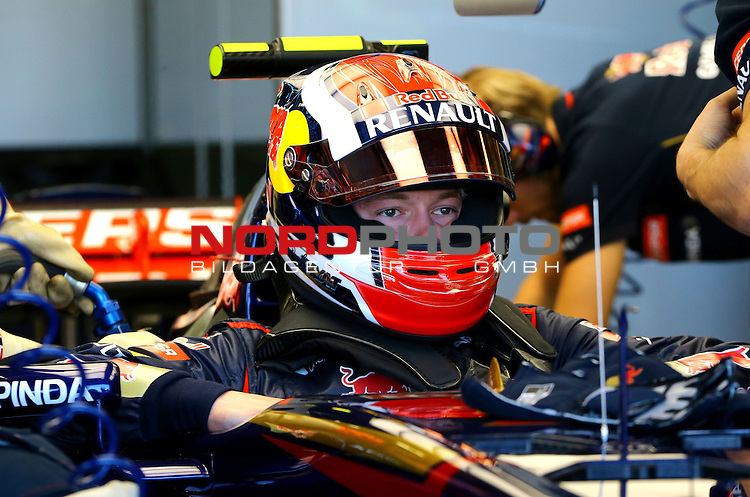 Daniil Kvyat (RUS) Scuderia Toro Rosso<br /> for the complete Middle East, Austria &amp; Germany Media usage only!<br />  Foto &copy; nph / Mathis