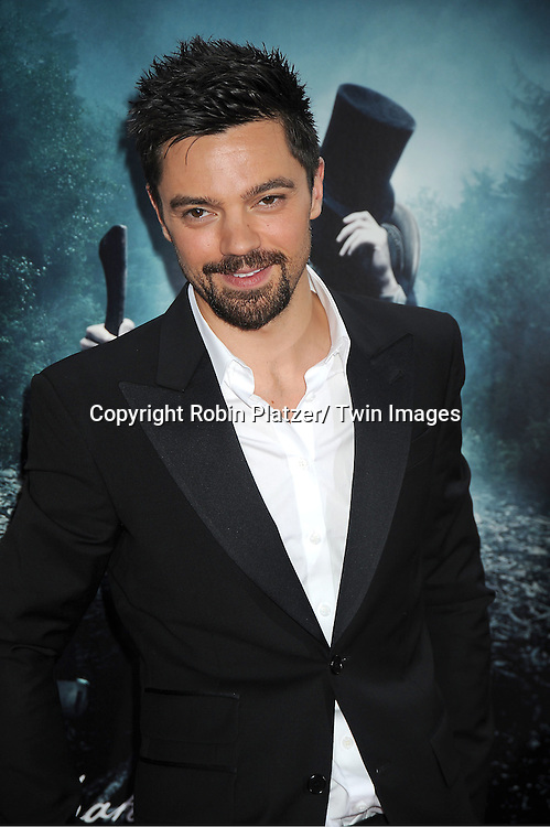 Abraham Lincoln Vampire Hunter Movie Premiere Robin