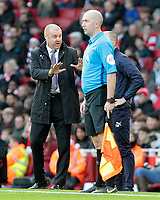 Burnley manager Sean Dyche  tries getting his point across to the linesman<br /> <br /> Photographer David Shipman/CameraSport<br /> <br /> The Premier League - Arsenal v Burnley - Saturday 22nd December 2018 - The Emirates - London<br /> <br /> World Copyright © 2018 CameraSport. All rights reserved. 43 Linden Ave. Countesthorpe. Leicester. England. LE8 5PG - Tel: +44 (0) 116 277 4147 - admin@camerasport.com - www.camerasport.com