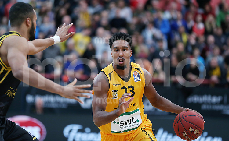 Basketball  1. Bundesliga  2016/2017  Hauptrunde  16. Spieltag  27.12.2016 Walter Tigers Tuebingen - MHP Riesen Ludwigsburg Eric McClellan (Tigers)  am Ball