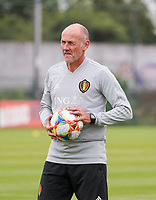 20190903 – TUBIZE , BELGIUM : Belgian goal keeper coach Philip de Wilde is pictured during a training session of the U21 youth team of the Belgian national soccer team Red Devils , a training session as a preparation for their first game against Wales in the qualification for the European Championship round in group 9 on the road for Hungary and Slovenia in 2021, Tuesday 3rd of September 2019 at the National training grounds in Tubize , Belgium. PHOTO SPORTPIX.BE | Sevil Oktem
