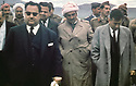 Iraq 1963 .In may, new meeting of Mustafa Barzani with Taher Yaya,the Iraqi prime minister and Fuad Aref.Irak 1963.En mai, nouvelle rencontre avec Taher Yaya, le premier ministre irakien, avec eux, Fuad Aref