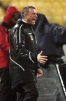 Phoenix coach Ricki Herbert during the A-League football match between Wellington Phoenix and Perth Glory at Westpac Stadium, Wellington, New Zealand on Sunday, 16 August 2009. Photo: Dave Lintott / lintottphoto.co.nz