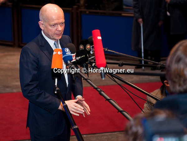 Brussels-Belgium - January 20, 2014 -- Meeting of the EU-Council on Foreign Affairs; here, 'doorstep'-briefing of the press upon arrival by William HAGUE, First Secretary of State, Secretary of State for Foreign and Commonwealth Affairs of the United Kingdom -- Photo: © HorstWagner.eu