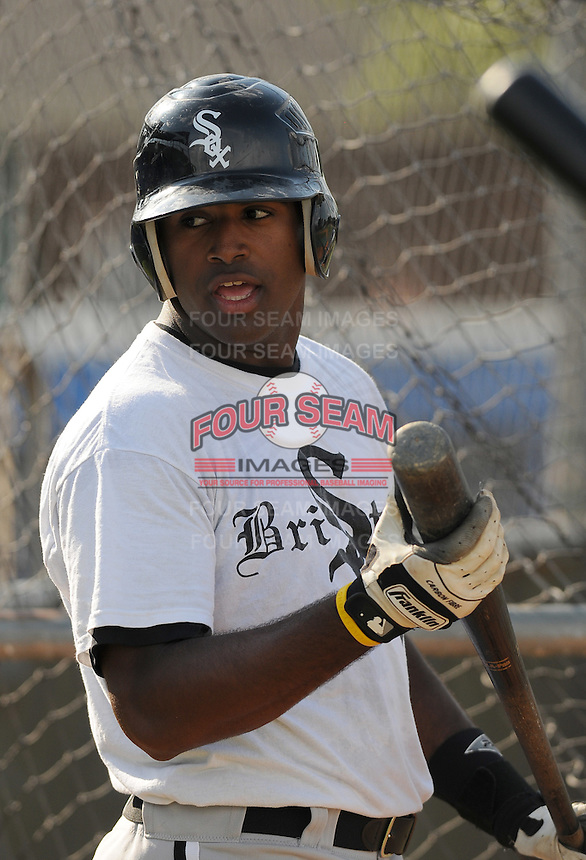 July 22, 2009: Angel Ferreiras of the Bristol White Sox, rookie Appalachian League affiliate of the Chicago White Sox, prior to a game at Burlington Athletic Stadium in Burlington, N.C. Photo by: Tom Priddy/Four Seam Images