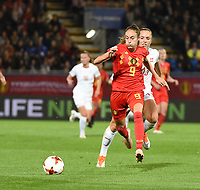 20181005 - LEUVEN , BELGIUM : Belgian Tessa Wullaert (L) and Switzerland's Lia Walti (R)  pictured during the female soccer game between the Belgian Red Flames and Switzerland , the first leg in the semi finals play offs for qualification for the World Championship in France 2019, Friday 5 th october 2018 at OHL Stadion Den Dreef in Leuven , Belgium. PHOTO SPORTPIX.BE | DIRK VUYLSTEKE