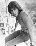 John Mayall 1972 at his Laurel Canyon home.© Chris Walter.