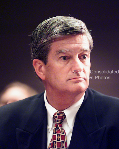 """Preston Padden, Executive Vice President, Disney/ABC testifies at the """"En Banc"""" hearing before the U.S. Federal Communications Commission on America OnLine, Inc. and Time Warner, Inc. applications for transfer of control of broadcast licenses as part of their proposed merger in Washington, DC on 27 July, 2000..Credit: Ron Sachs / CNP"""