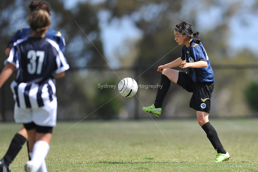 MELBOURNE, AUSTRALIA - November 29: Round 9 of the Victorian Champions League between Central City FC and North East Diamonds at Epping Stadium on 29 November 2009, Australia. Photo Sydney Low www.syd-low.com